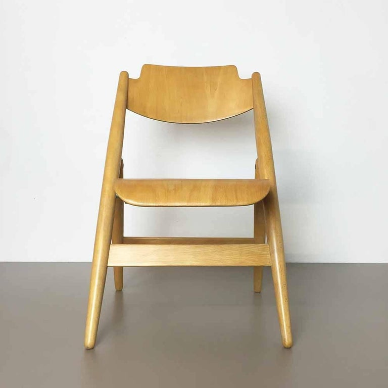 Children's chair SE18.  Designed by Egon Eiermann.  Producer: Wilde and Spieth, Germany,  1950s.  This children's chair, model SE18 was designed by Egon Eiermann for Wilde & Spieth in Germany. Of the two children's versions, this is the