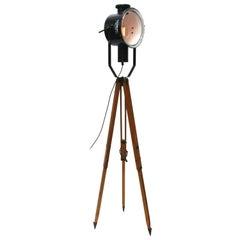 Wooden Tripod Black Enamel Industrial Spot Light Floor Lamp
