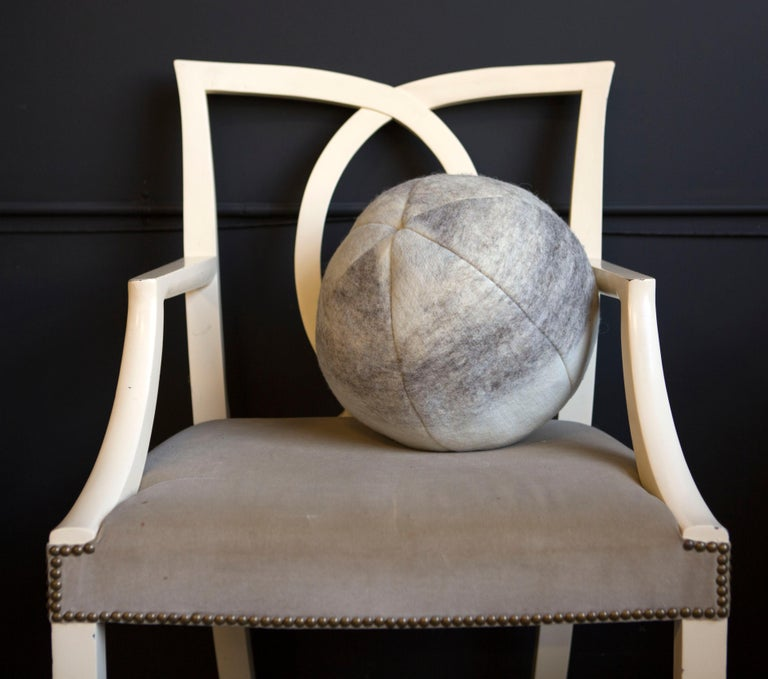 Wool Snowball Cloud Pillow In New Condition For Sale In Sebastopol, CA