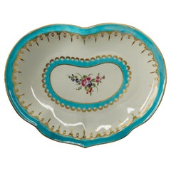 Worcester Heart-Shape Serving Dish, Turquoise and Gilt with Flowers, circa 1770