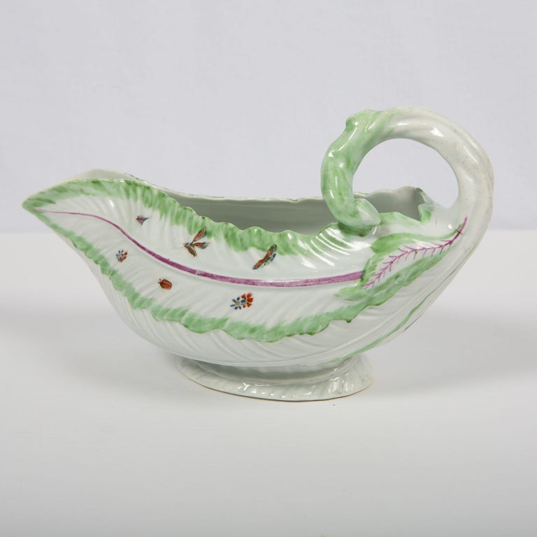 Rococo Worcester Porcelain Sauceboat, Made in England, 18th Century For Sale