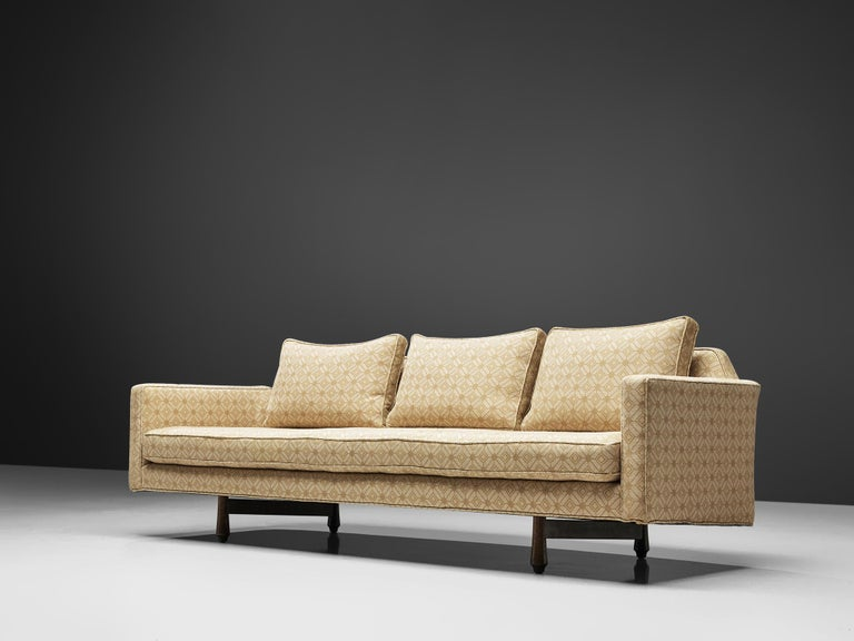 Mid-Century Modern Edward Wormley Sofa Model 495 in Soft Yellow Fabric