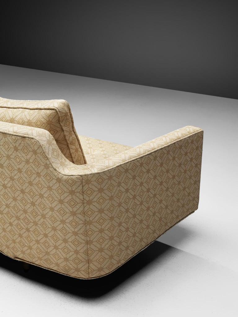 Edward Wormley Sofa Model 495 in Soft Yellow Fabric 3