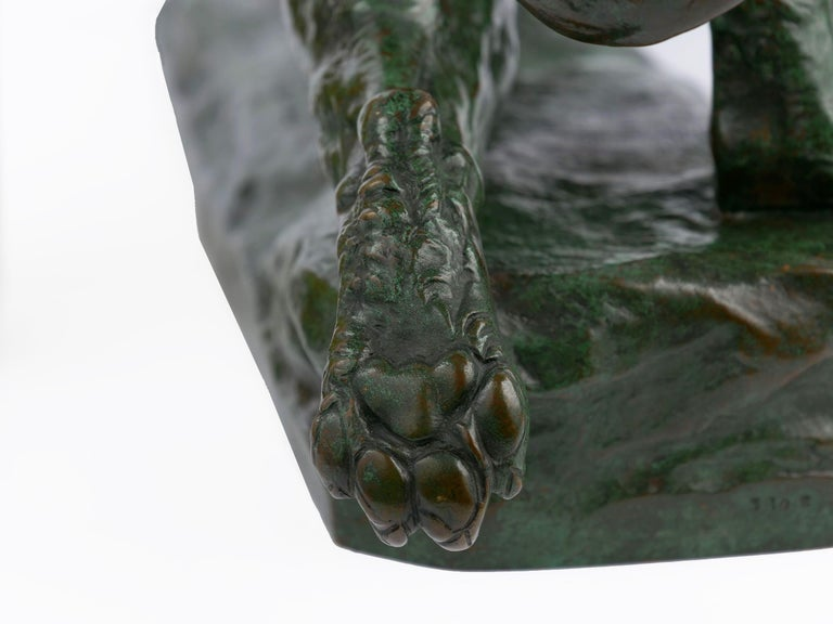 """""""Wounded Lioness"""" French Antique Bronze Sculpture by Charles Valton For Sale 8"""