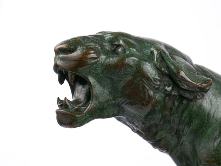 """""""Wounded Lioness"""" French Antique Bronze Sculpture by Charles Valton For Sale 2"""