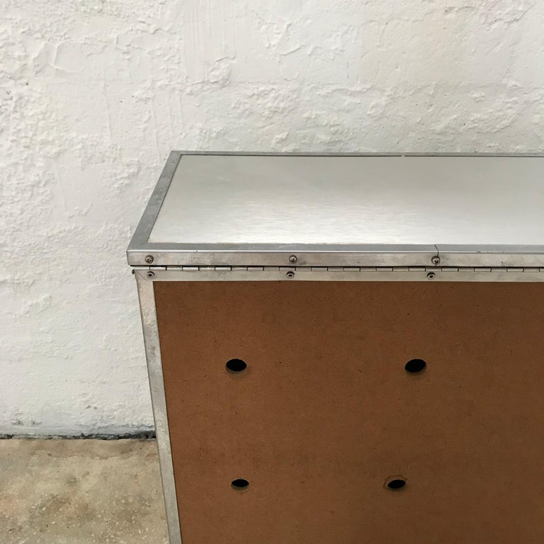 Woven Aluminum Laundry Hamper Chest For Sale 1