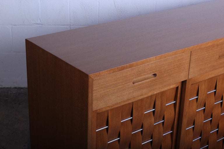 Woven Front Cabinet by Edward Wormley for Dunbar For Sale 5