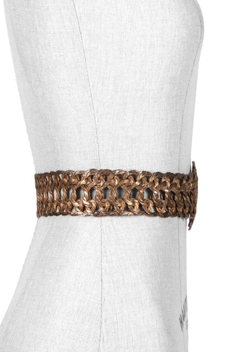 Woven Silvery Gold Tone Metal Thread Buckle and Belt c. 1970s In Excellent Condition For Sale In Munich, DE
