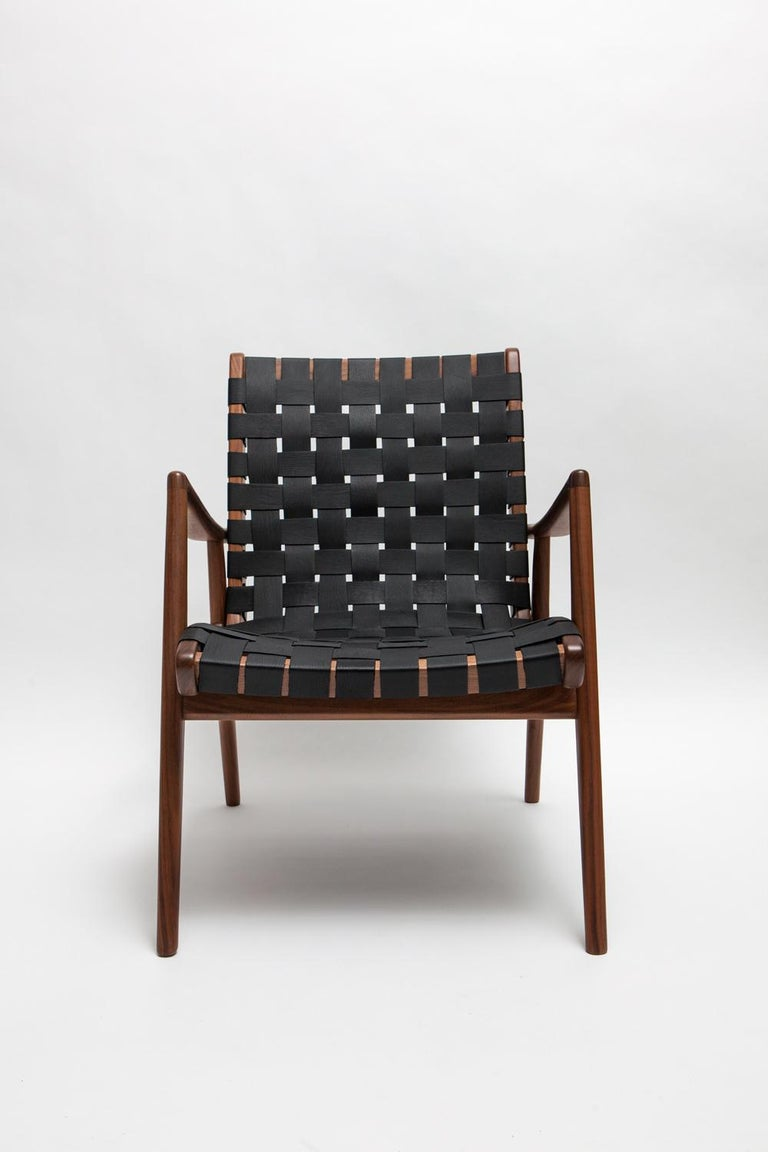 Mid-Century Modern Woven Leather Lounge Chair in Black by Mel Smilow For Sale