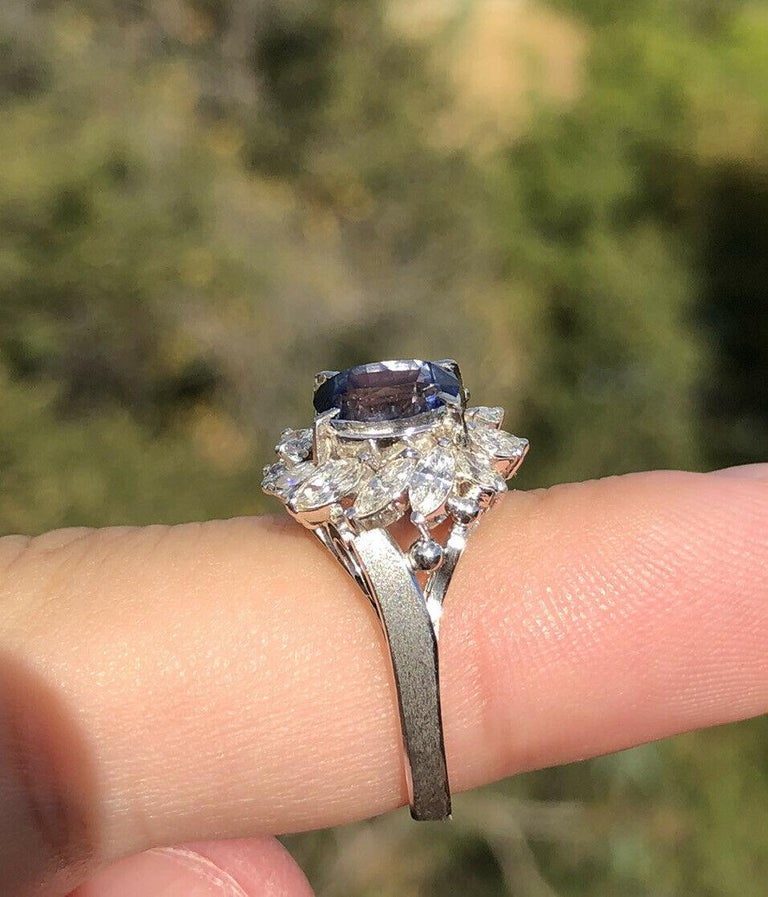 Oval Cut Wow Gem Platinum Natural Sapphire and Diamond Ring 3.25 Carat 6.8g For Sale