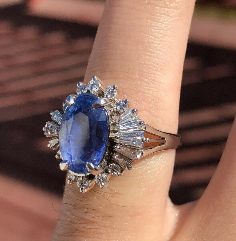 GIA Burma No Heat Platinum Natural Sapphire and Diamond Ring 5.17 Carat 8.1g In Good Condition For Sale In Beverly Hills, CA