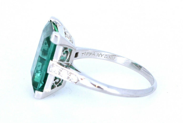 Wow Tiffany & Co. Art Deco Irid Platinum Tourmaline and Diamond Ring 4.56 Carat In Good Condition For Sale In Beverly Hills, CA