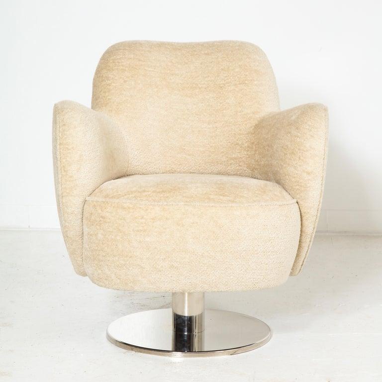 Modern Wrap Around Swivel Barrel Chair Offered by Vladimir Kagan Design Group For Sale
