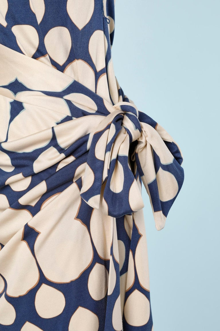 Women's Wrap bustier silk printed dress Diane Von Furstenberg  For Sale