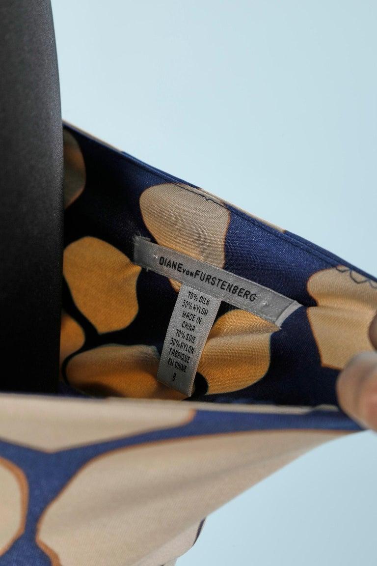 Wrap bustier silk printed dress Diane Von Furstenberg  For Sale 2