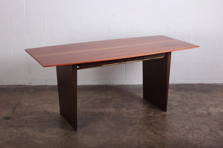 Writing Desk by Edward Wormley for Dunbar In Good Condition For Sale In Dallas, TX