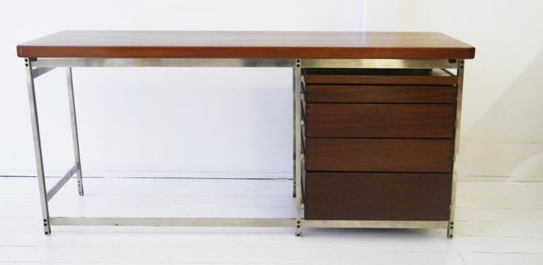 Writing Desk by Jules Wabbes for Foncolin in 1957 For Sale 3