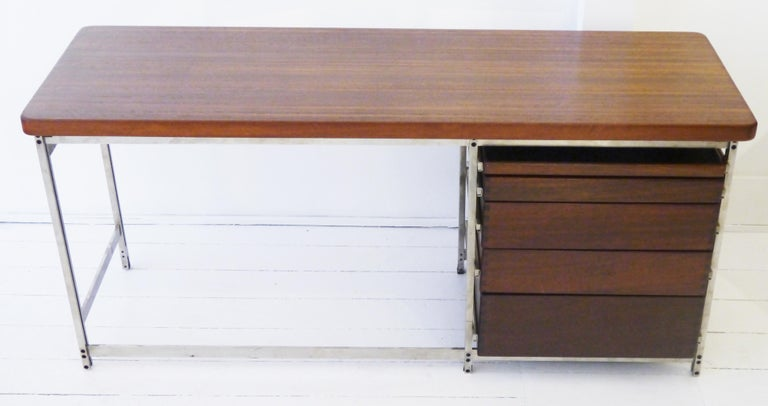 Writing Desk by Jules Wabbes for Foncolin in 1957 For Sale 2