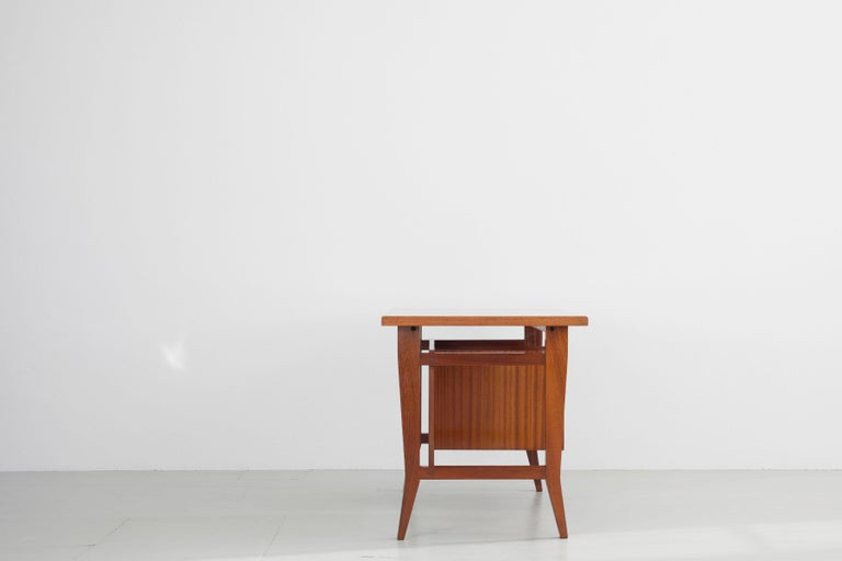 Mid-Century Modern Writing Desk Designed by Gio Ponti / Scirolli, Italy, 1960s For Sale