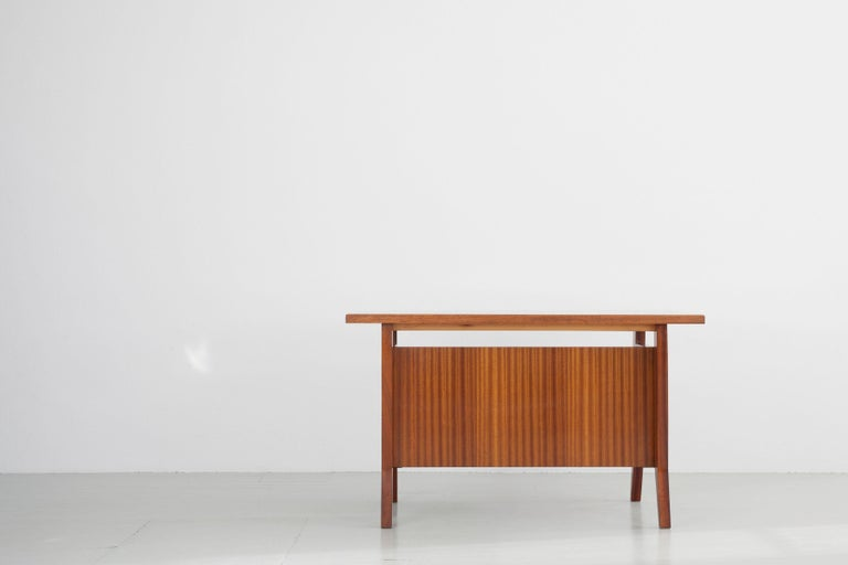 Writing Desk Designed by Gio Ponti / Scirolli, Italy, 1960s In Good Condition For Sale In Wolfurt, AT