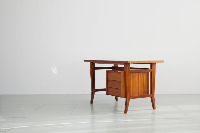 Writing Desk Designed by Gio Ponti / Scirolli, Italy, 1960s For Sale 1