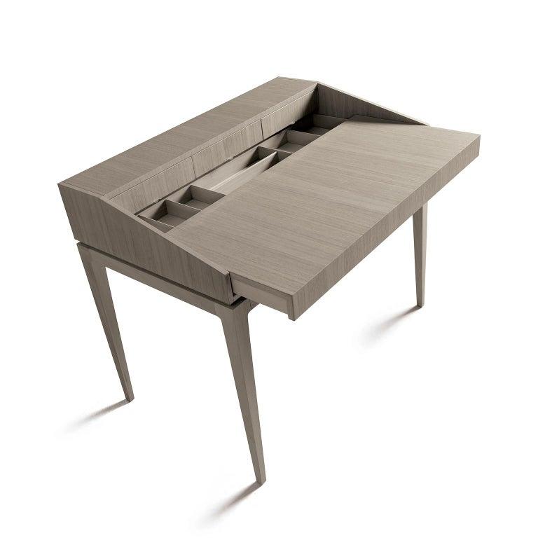 Walnut Ideale writing Desk G-151 by Dale Italia For Sale
