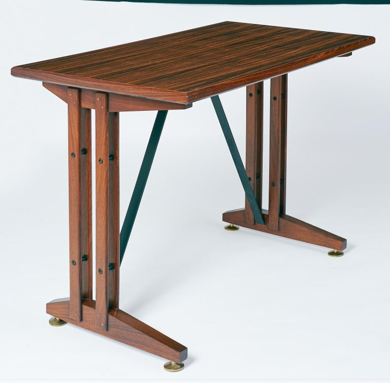 Mid-Century Modern  Writing or Laptop Polished Wood Table or Desk, Italy, 1950s For Sale