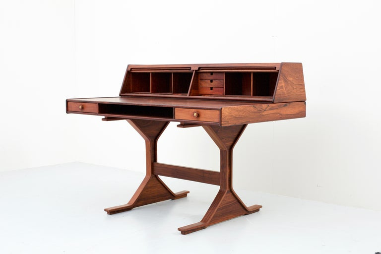 Writingdesk by Gianfranco Frattini for Bernini, Italy, 1956 In Excellent Condition For Sale In Amsterdam, NL