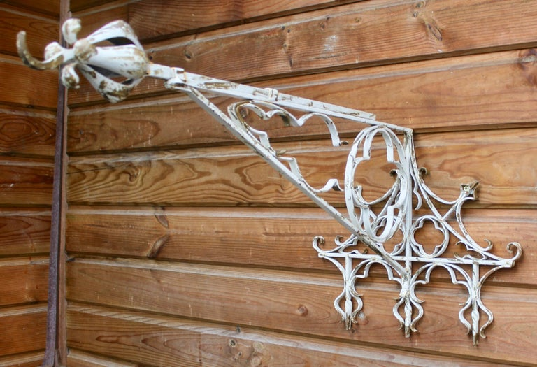 Wrought Iron Handcrafted and Smithed Wall-Bracket for Lantern or Sign For Sale 5