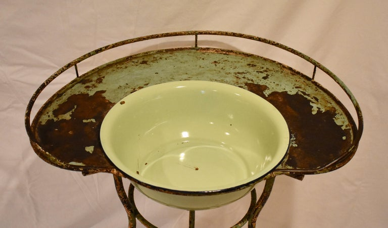 19th Century Wrought Iron Tripod Washstand with Enameled Copper Bowl For Sale