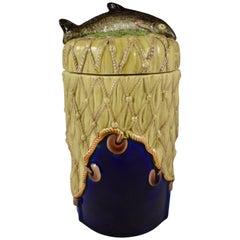 W.T. Copeland & Sons English Majolica Fish Handled Covered Pâté Jar, circa 1875