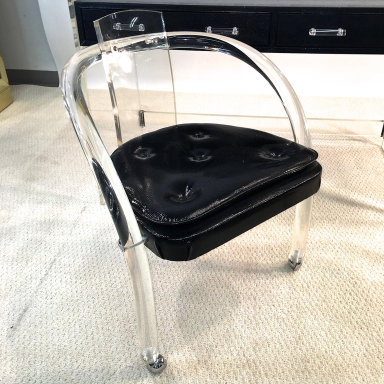 Wycombe Meyer 1970s Lucite and Black Lizard Writing Table and Chair For Sale 12