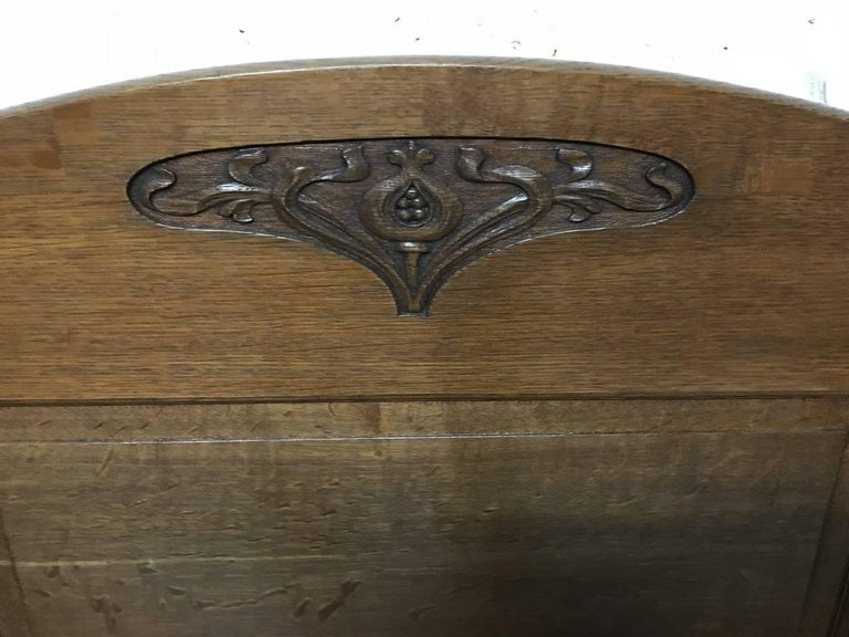 Arts and Crafts Wylie & Lochhead, M H Baillie Scott, an Arts & Crafts Glasgow School Oak Settle For Sale