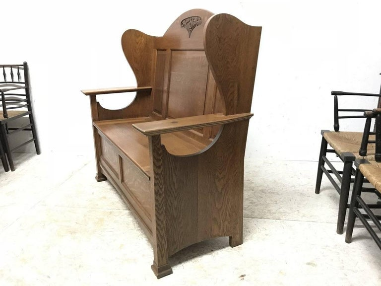 Scottish Wylie & Lochhead, M H Baillie Scott, an Arts & Crafts Glasgow School Oak Settle For Sale
