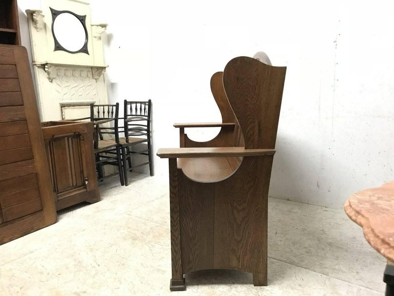 Hand-Carved Wylie & Lochhead, M H Baillie Scott, an Arts & Crafts Glasgow School Oak Settle For Sale