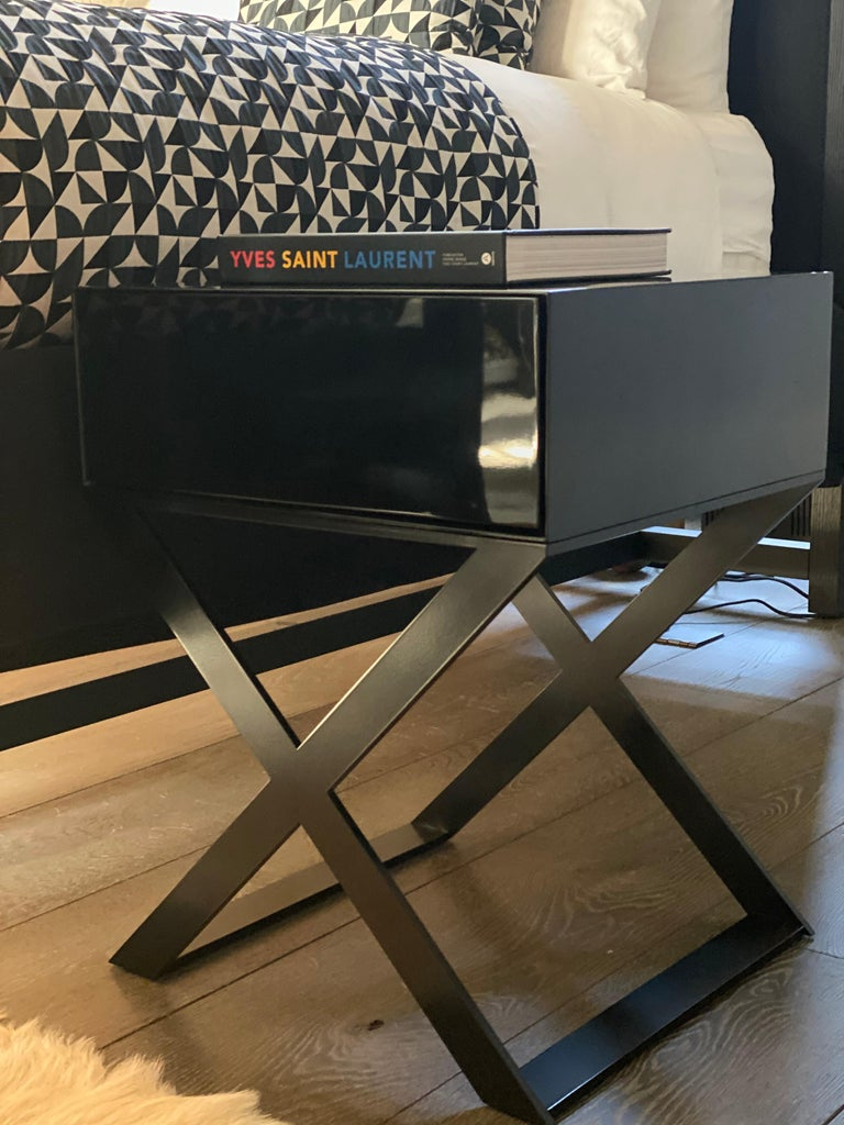Powder-Coated X-Leg Bedside Table in Black Lacquered and Black Powder Coated Steel Legs For Sale
