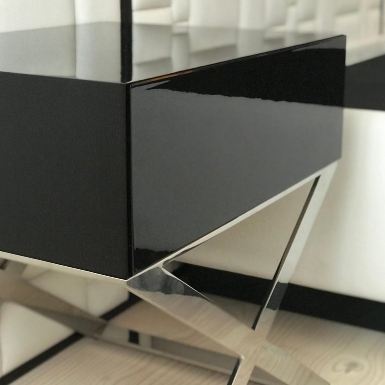 X-Leg Bedside Table in Black Lacquered and Polished Stainless Steel Legs For Sale 1