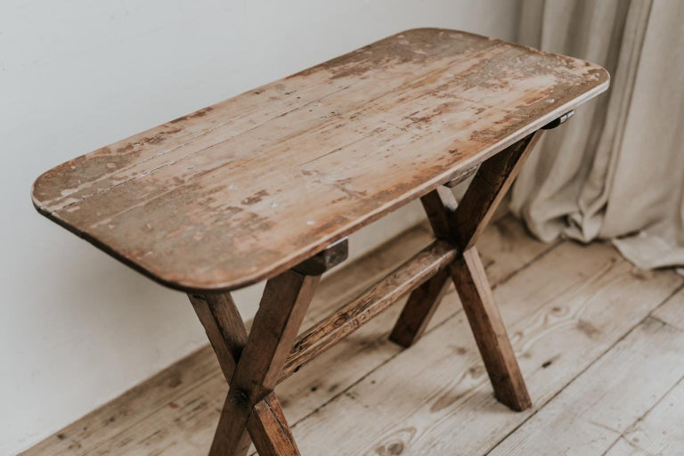 19th Century X-Legged Pine Table For Sale