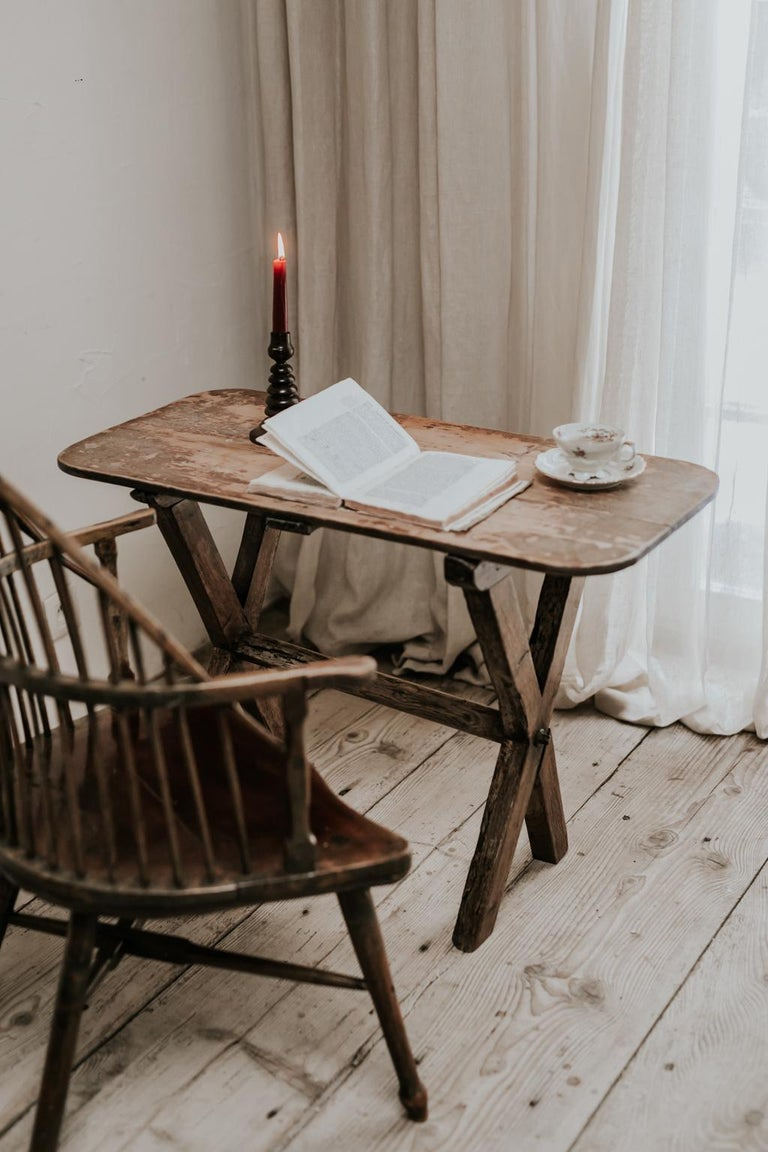 X-Legged Pine Table For Sale 3