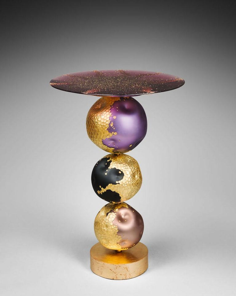 Xavier Le Normand 2020, Estrella table, measures: H 82 cm, D 53 cm, blown, cut and patinated glass. Bohemian engraved crystal top, gold leaf, steel, signed, unique piece. Virtuoso glassmaker, Xavier Le Normand has reached the forefront of