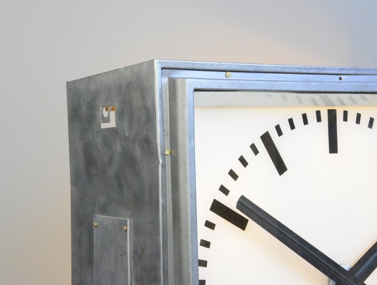 XL Light Up Station Clock by Pragotron, Circa 1950s For Sale 1