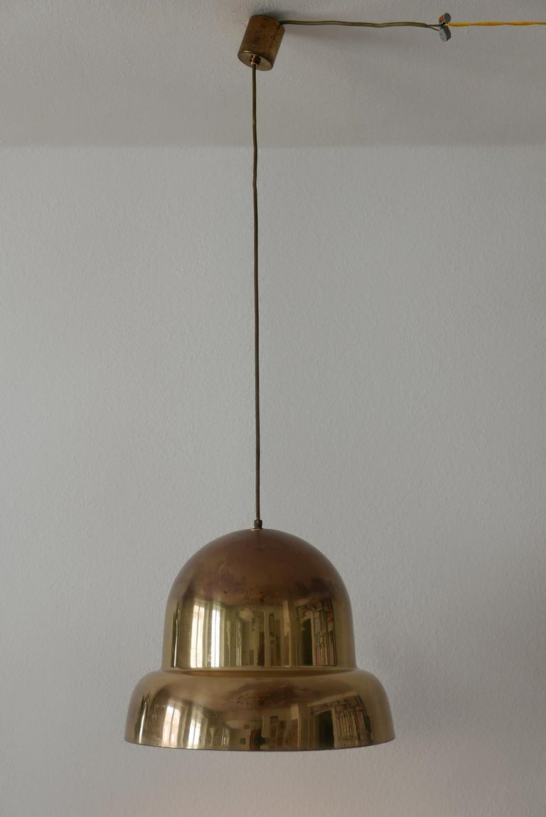 Extra Large Mid-Century Modern Brass Pendant Lamp by Bergboms, 1950s, Sweden In Good Condition For Sale In Munich, DE
