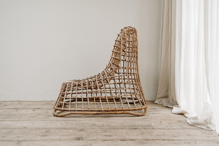 Great design for this xl wicker chair, modern, transparent, great item in your interior... very good vintage condition. Design by Giovanni travasa