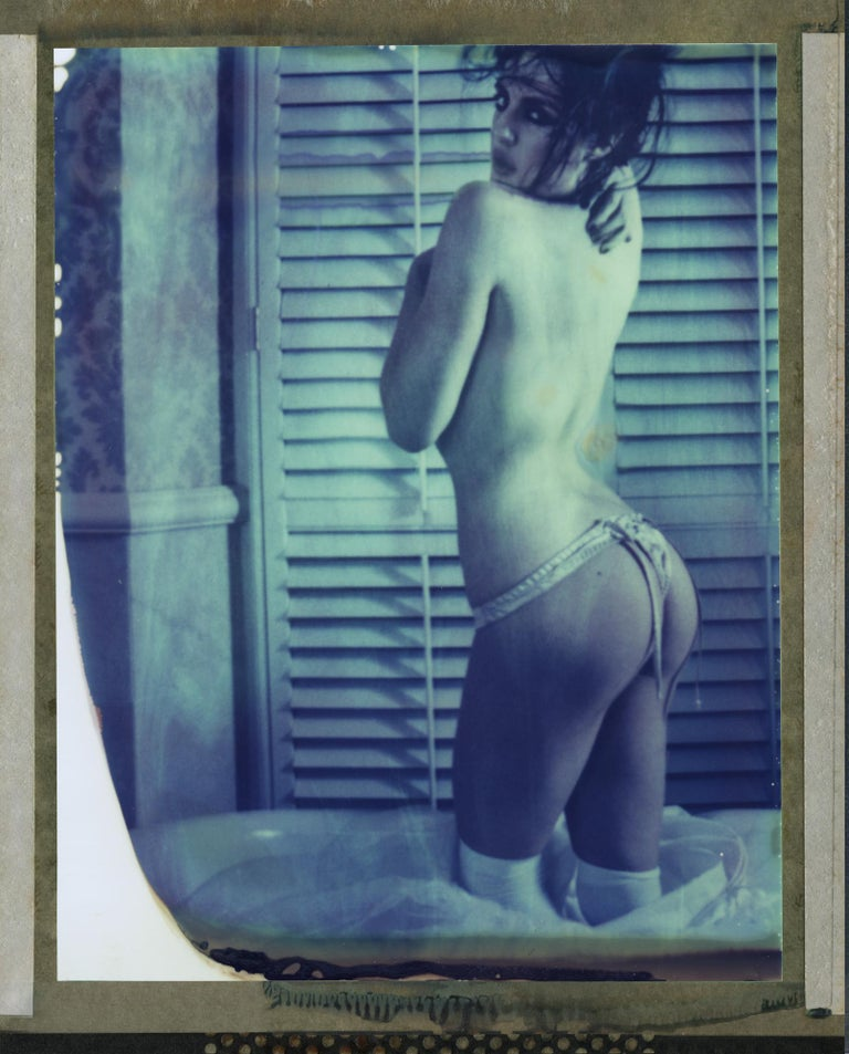 xulong zhang Nude Photograph - Untitled - Contemporary, 21st Century, Polaroid, Figurative, Nude