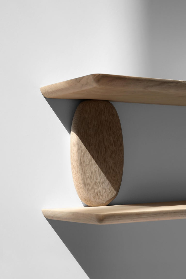 XVIII, Small White Oak Wall Shelf from Collection Noviembre by Joel Escalona In New Condition For Sale In Mexico City, MX