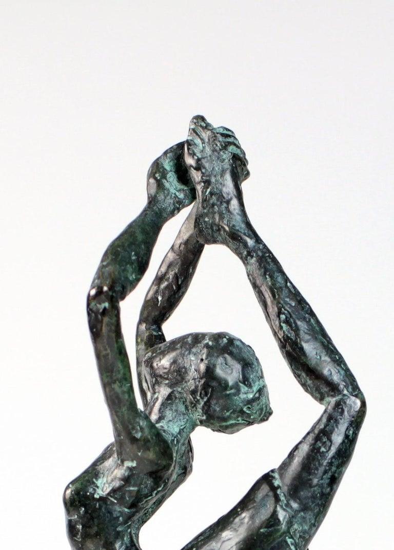 Danseuse Rassemblée - Female Dancer Bronze Sculpture, contemporary For Sale 2