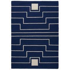 Marineblauer moderner gestreifter handgewebter Duhrrie Teppich von Yasmina