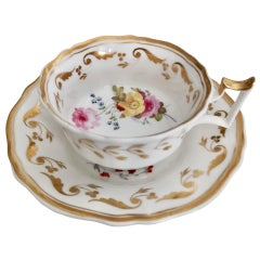 Yates Porcelain Teacup, White with Gilt and Flowers, Regency, circa 1825
