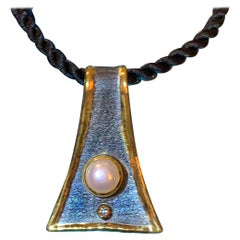 YC Fine Silver Pearl Diamond Pendant Black Rhodium and Gold with Rope Chain