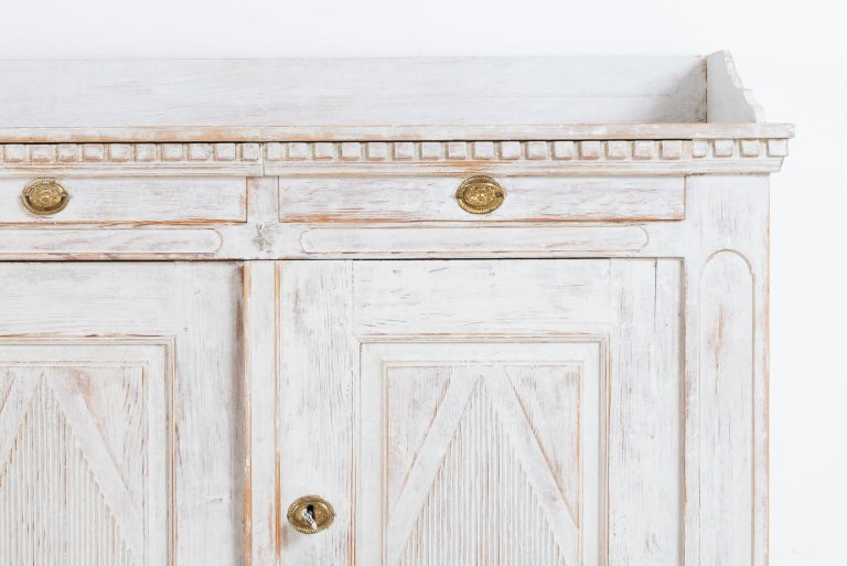 18th Century Year 1800 Swedish Gustavian Sideboard from Örnsköldsvik For Sale
